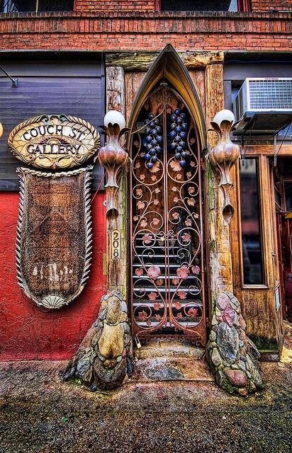 Couch Street Gallery Doorway: Portland, Oregon