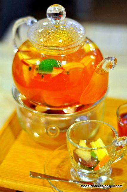 Fresh Fruits Tea
