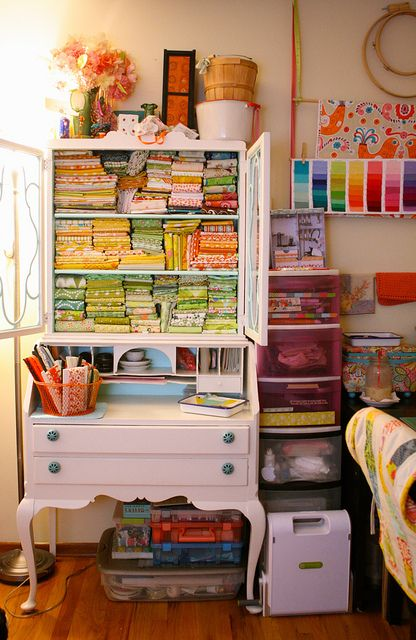 Colourful creative space ~ GoldWillow