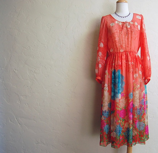 pretty vintage 70s dress. etsy