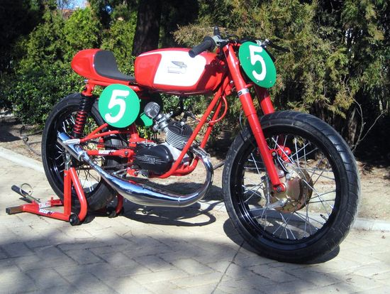 DucatiSport - Pipeburn - Purveyors of Classic Motorcycles, Cafe Racers & Custom motorbikes