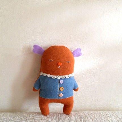 Ginkgo the mini Couchie - plush toy by MayBeMe