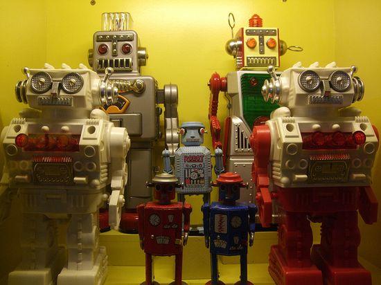 Vintage toy robots.