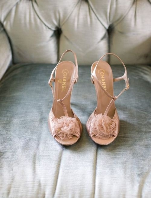 Wedding shoes in pink