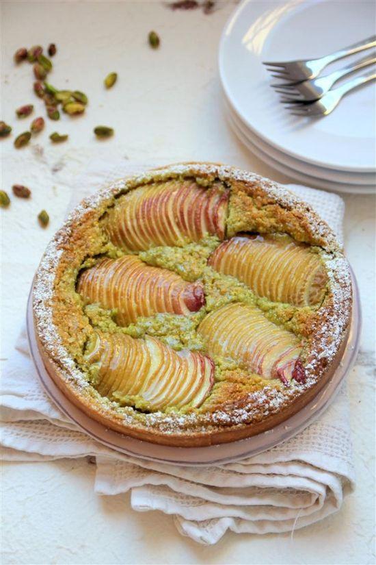 Nectarine and Pistachio Tart