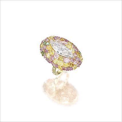 DIAMOND AND COLOURED DIAMOND RING