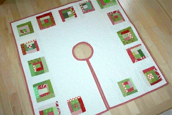 Christmas Tree Skirt Tutorial by nancy
