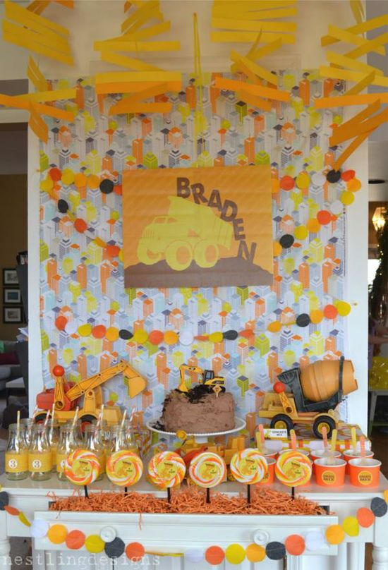 a fun CONSTRUCTION THEMED BIRTHDAY PARTY