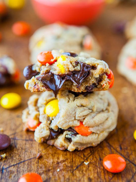 Reese's Pieces Soft Peanut Butter Cookies - Extra-soft peanut butter cookies loaded with Reese's Pieces and chocolate chips.