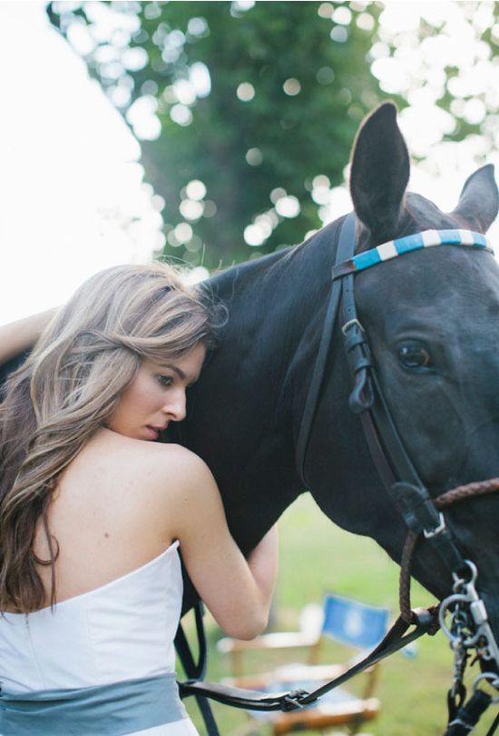 polo inspired wedding / photo credit leslie hollingsworth