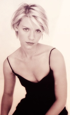 Claire Danes - so sexy with the short hair
