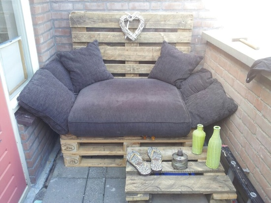 Furniture for your Balcony from Pallets