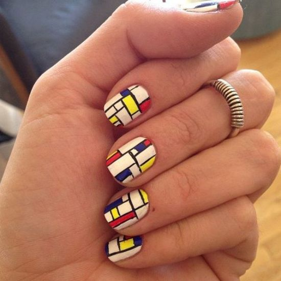 Love these abstract art nails!