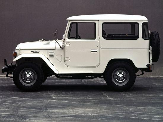 1965 Toyota Land Cruiser I want one.