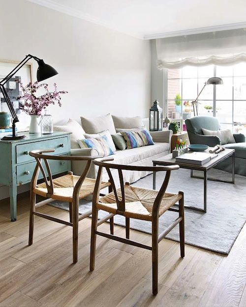 Wishbone chairs in the living room