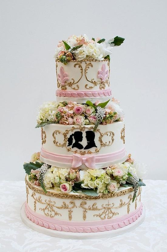 Extravagant Wedding Cakes | Extravagant Style Wedding Cakes