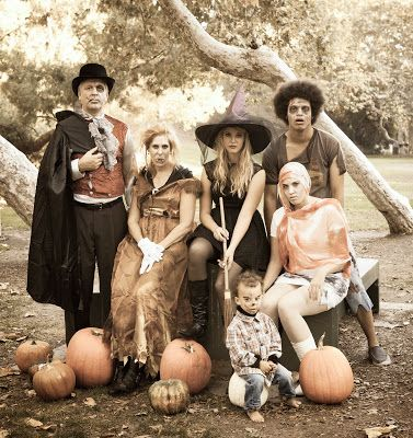 Halloween Family Photo Shoot