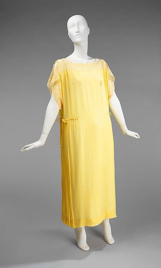 Nightgown    Date:      1920–29  Culture:      French  Medium:      silk