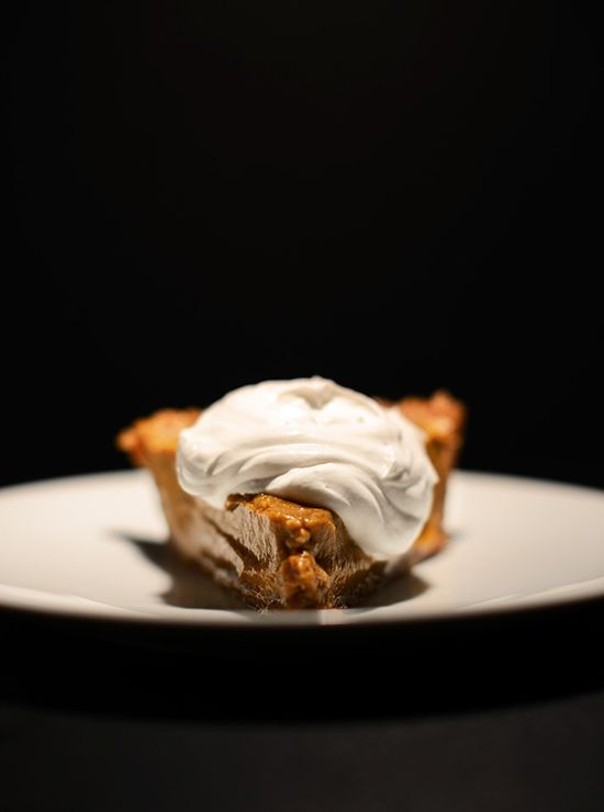 Creamy No Bake Pumpkin Pie - Minimalist Baker.  great shot.