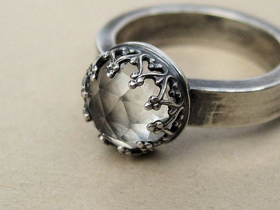 I want this ring..