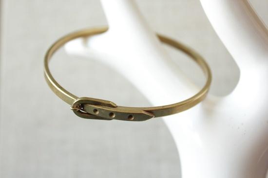 belt bracelet bangle in vintage brass for office fashion.
