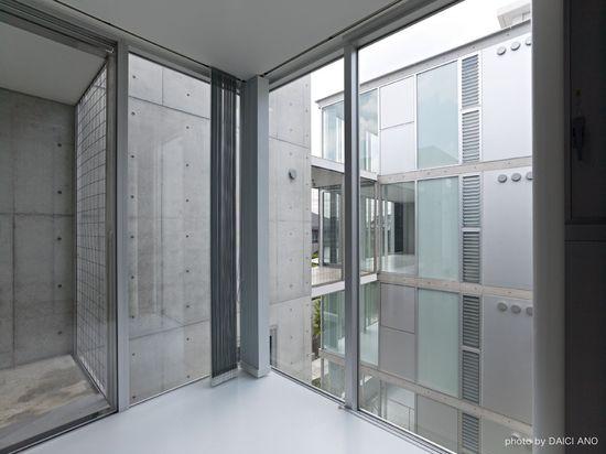 Yutenji Apartments / Koh Kitayama + architecture WORKSHOP
