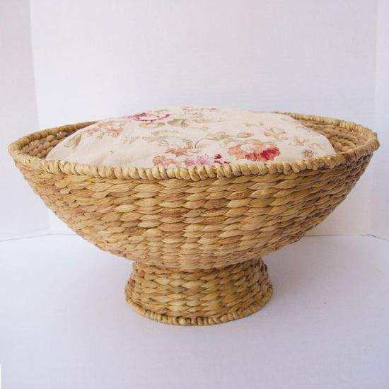 Natural  Wicker Pet bed with Soft Vintage Cream Floral Fabric and Soft Pillow - for Cats or Small dogs on Etsy, $55.00