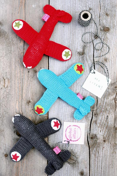 Crochet airplane rattle - adorable.