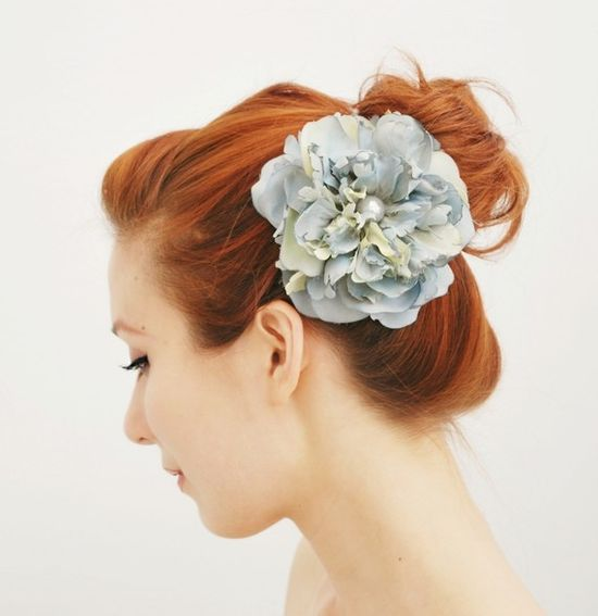 pretty pale blue hair clip