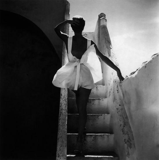 Sue Jenks wearing a summer outfit by Joset Walker, 1952. Photo by Henry Clarke.