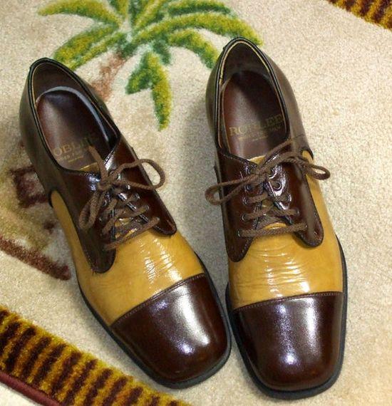 Vintage 1950s Men's Two Tone Patent Leather Dress Shoes