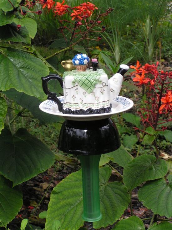 Vintage cottage teapot garden totem stake