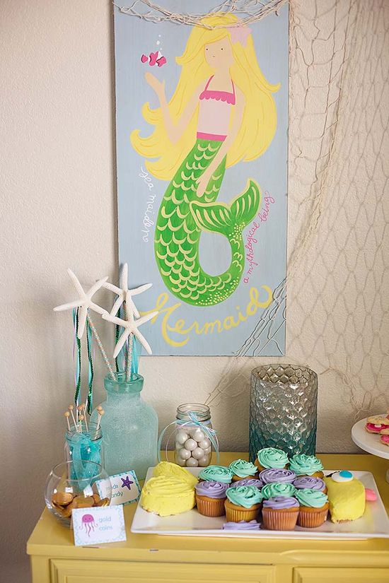 Mermaid themed birthday party with really cute ideas! Tons of party ideas on this site :]