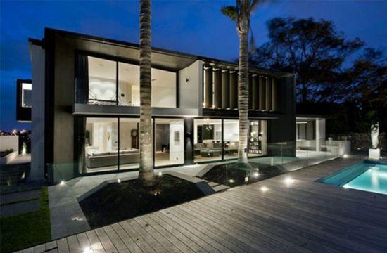 Luxury House Designed Image