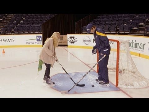 Skating with the Fishers (Carrie Underwood & Mike Fisher) MY FAVE VIDEO EVER.