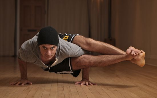 """Why Men Should Practice Yoga by amongmen: Yoga has expanded and evolved. Now there are classes for jocks, the extremely inflexible and exercise newbies. Although the """"traditional"""" spiritual aspects are still ubiquitous in yoga, there are also non-dogmatic workouts that cater to a busy and/or athletic lifestyle. Whether your workouts are relaxing or vigorous, yoga's health benefits are substantial.  Here are five reasons guys should consider taking a yoga class... #Men #Fitness #Yoga"""