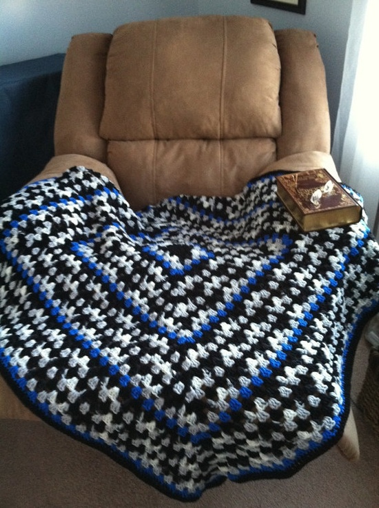 Lapaghan Granny Square blanket - like the colors