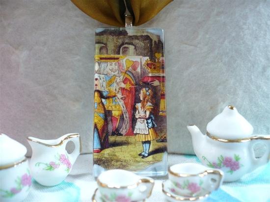 Alice in Wonderland Necklace - Queen of Hearts. $14.00, via Etsy.