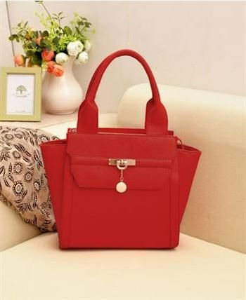 Please click ==>   fancy.to/...  2013 latest designer bags online outlet,