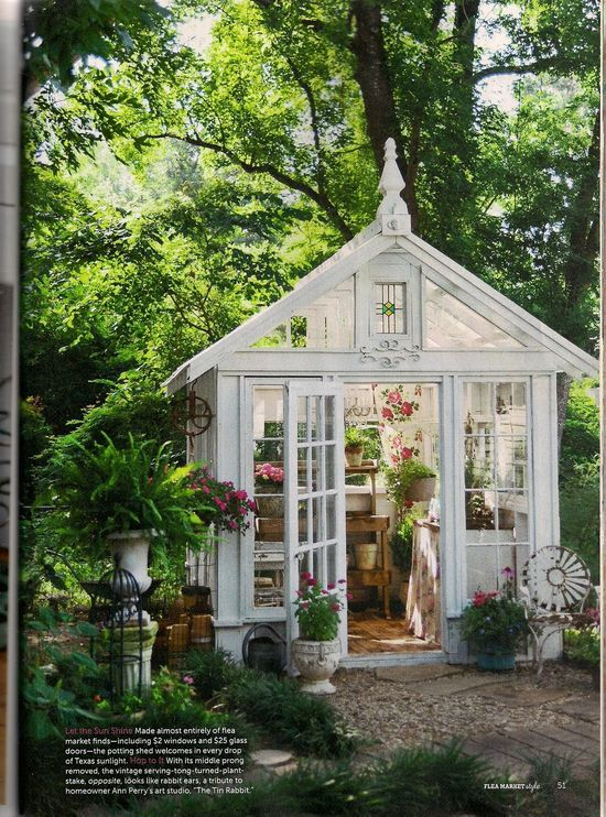 Love this greenhouse!