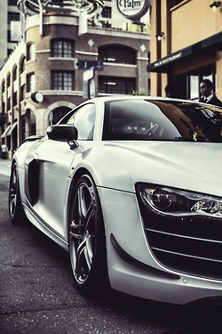 Sublime White Audi R8 via carhoots.com