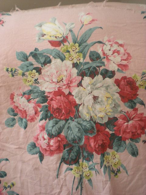 gorgeous vintage floral fabric!