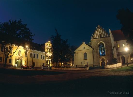 Bazylika św. Franciszka z Asyżu i okno na Franciszkańskiej