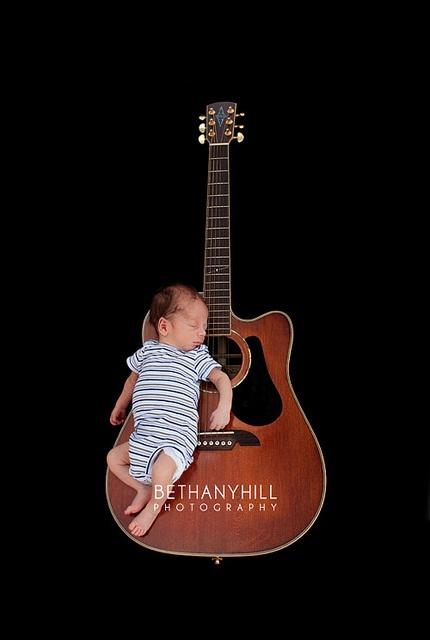 Newborn photography- interesting idea for a newborn pose