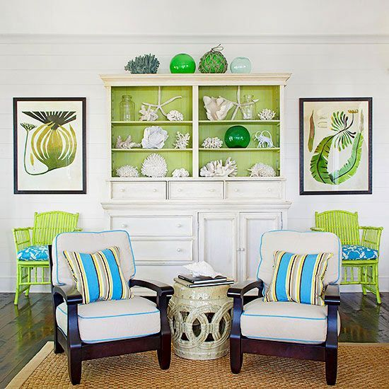 The fresh green accents are so pretty with blue and white!