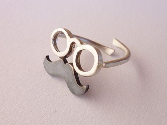 mustache & glasses ring