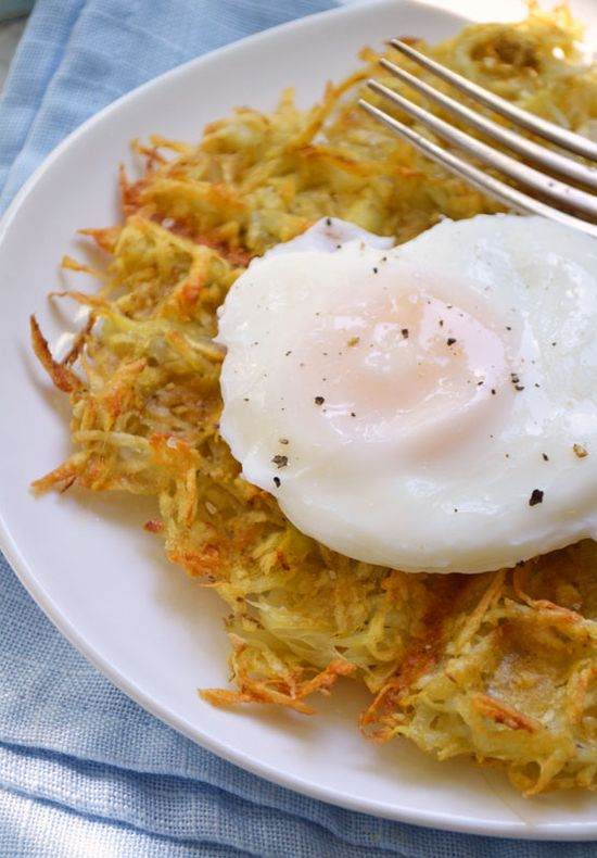 Crispy Hash Browns – in the Waffle Iron! ~ I shredded some onion along with the potatoes. These are awesome and so easy.