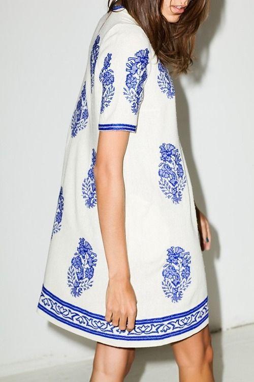 okay, who makes this dress? i need it.