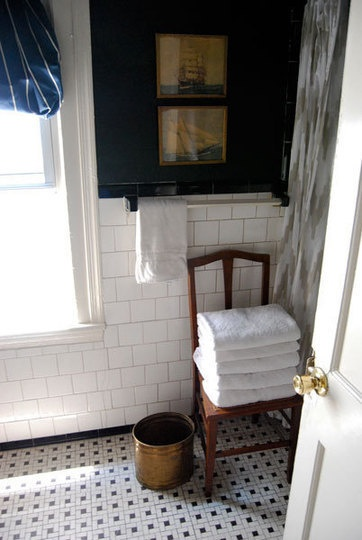 Inspiring Bathrooms: Bathtubs, Sinks & Showers The Best of 2010