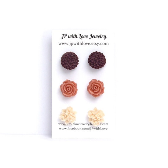 Stud earrings flower post earrings peach red by JPwithLove on Etsy, $18.00